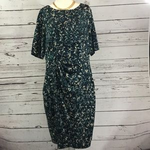 Dresses & Skirts - Tummy Flattering Dress